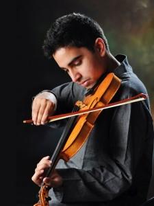 Tejas Mallela - Violin Photo